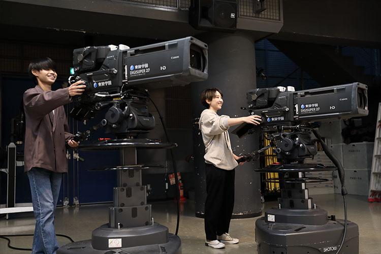 テレビ番組の撮影や編集に興味のある方はグループ校の放送技術科もチェック!