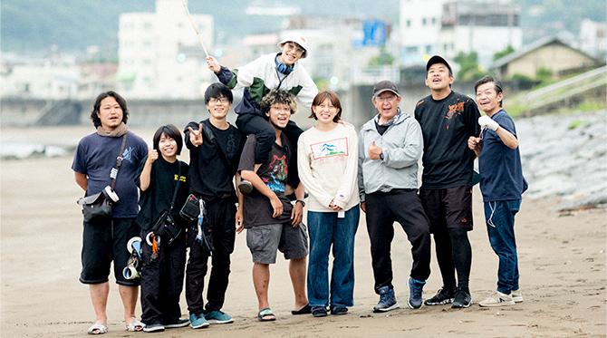 映画『NO CALL NO LIFE』(井樫 彩監督・15年度卒/ 2021年3月5日~全国公開)の撮影現場にて