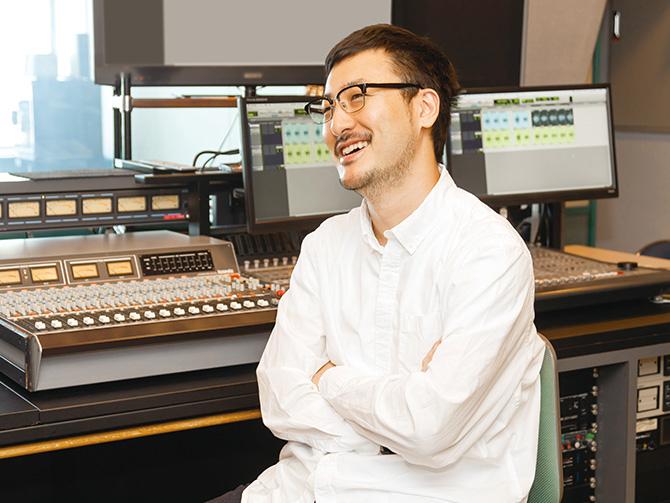 ラジオディレクター・霞 健人さん